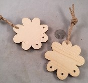 Canadian Pine Daisy Toy Base - 3 hole - Natural - 1pc